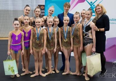 Piruett on Eesti meistrid iluvõimlemise rühmkavades laste- ja noorteklassis